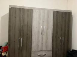 Guarda roupas 6 portas
