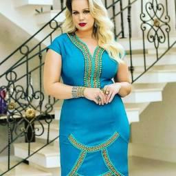 Vestido Plus size com etiqueta 46 48