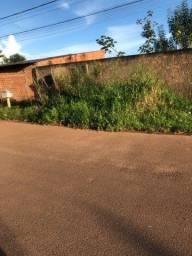 Terreno na Rua fluminense bairro lagoinha ACEITO CARRO
