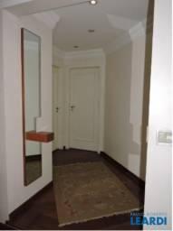 Apartamento à venda com 3 dormitórios em Moema pássaros, São paulo cod:628497