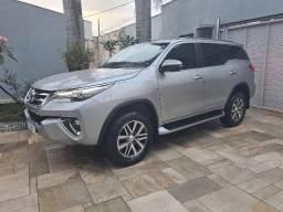 Toyota Hilux Sw4 SRX  7 lugares diesel 2020