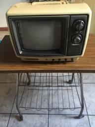 TV Semp Toshiba da década de 70