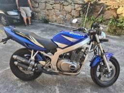Moto Suzuki GS500E 2003