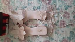 Vendo sandália rose da Loja Billie