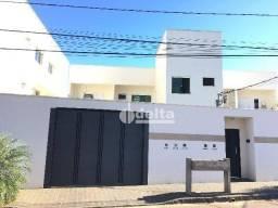 Apartamento com 2 dormitórios para alugar, 70 m² por R$ 730,00/mês - Jardim Inconfidência