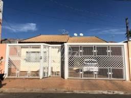 Casa com 3 dormitórios à venda, 192 m² - Professor José Augusto da Silva Ribeiro