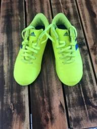 Chuteira Adidas Nemesis Infantil n°30 Futsal Salão Society