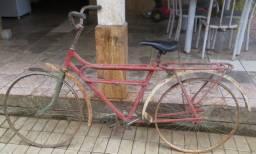 Antiga bicicleta masculina