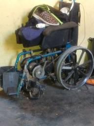 Vendo cadeira de rodas eletrica