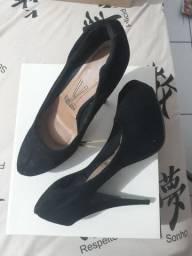 Sapato preto camurça vizzano 37