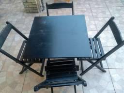 Mesas e cadeiras dobráveis(4 conjuntos)