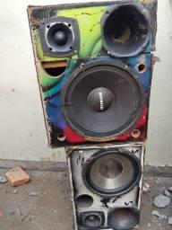 Vando caixa de som