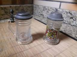 Lindos mini canecos de Chopp em Vidro com tampa em Estanho de colecionador.