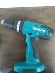 Parafusadeira e Furadeira Makita Modelo-8391DWPE 220V. (Baterias descarregando rápido)