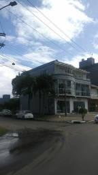 Prédio comercial e residencial + salão de festas + casa