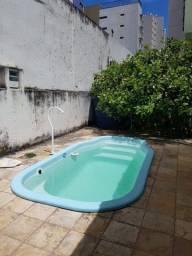 Casa com piscina e completa em Boa Viagem !