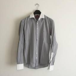 Camisa Happy tam 4 (G) cinza lisa e gola branca