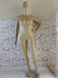 Manequin feminino plus size fibra