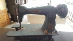 Máquina de costura leonam antiga
