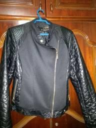 10reais as blusas 50 jaqueta eo tênis a calça 30