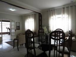 Casa a venda / Condomínio Nova Colina / Sobradinho-DF / 03 Quartos / Garagem Fechada / Exc