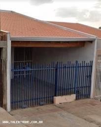 Casa para Venda em Londrina, JARDIM TROPICAL, 2 dormitórios, 1 vaga