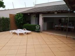 Casa Alto Padrão com 4 Suítes Plenas, Área de Lazer Completa, 380 m²