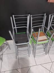 Vendo 14 cadeiras
