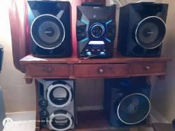 Vendo ou troco por algo do meu interesse esse som da SONY 1200WTS