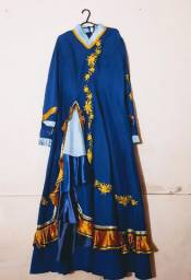 Vestidos de prenda e cintos