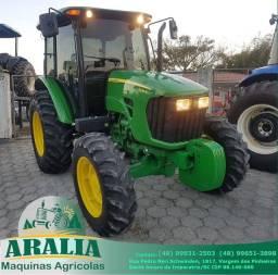 Trator 4x4 John Deere 5085 E ano 2015