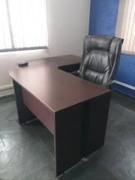 Mesa executiva em L