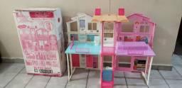 Casa da Barbie, com caixa e todos os acessórios. Como nova!!
