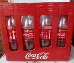 Caixas de coca retornavel de 2 Litros