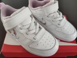 Nike tamanho 25