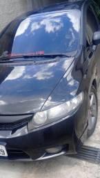 Honda Civic Black 2010, todo revisado