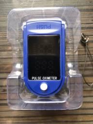 Oxímetro Portátil NOVO - Medidor de Saturação de Oxigênio / batimentos cardíacos