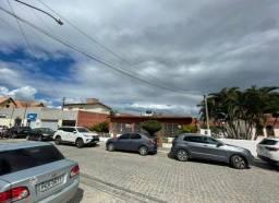 Aluguel de casa em rua bastante movimentada na cidade de Gravata/PE