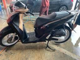 Moto Honda Sh 150 deluxe