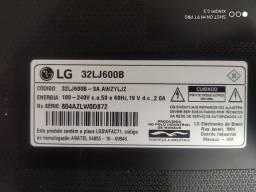 Gabinete e pezinho tv LG32LJ600B