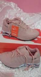 Tênis feminino Nike shox 4 molas