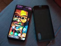 Vendo um Samsung a01