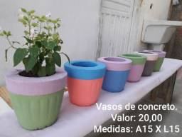 Vende-se Vasos de Concretos