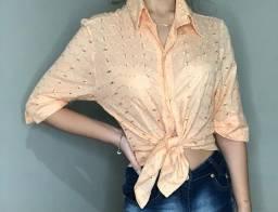 Camisa Vintage com botões nunca usada