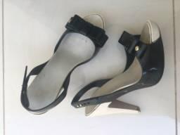 Sandália de salto Melissa