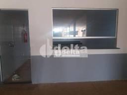 Loja para alugar, 38 m² por R$ 550,00 - São Bento - Uberlândia/MG