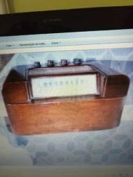 Rádio Sentinel a válvula, ano 1948 (USA)