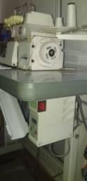 Maquinas de costura Goleira e overlok ponto cadeia