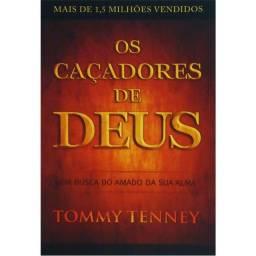 2 livros evangélicos em bom estado clássico por 35 reais