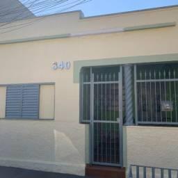 Título do anúncio: Casa Com 2 Quartos + Terreno no Fundo Super Conservada no Bairro Ipiranga